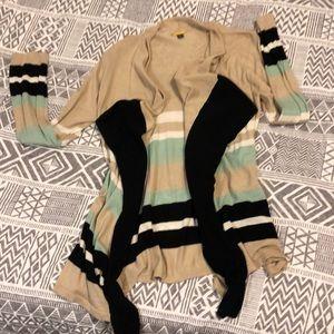 Dana Buchman light weight camisole sweater